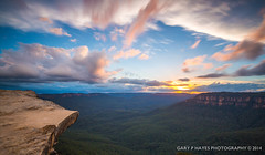 Lincolns Rock LE 01 (Gary Hayes) Tags: sunset panorama storm sydney australia bluemountains lincolnsrock