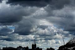 Nubes a lo alto (@angie_romano) Tags: azul gris lluvia cielo nubes alto azotea nube llovizna blaco