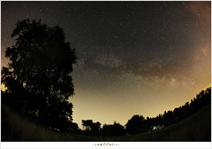 De melkweg boven Noord Brabant (NH000722) (nandOOnline) Tags: nacht nederland boom avond melkweg sterren sterrenbeeld nbrabant milheeze lichtvervuiling sterrenhemel stippelberg
