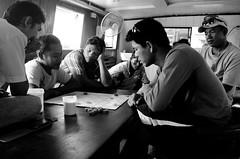 Thai sailor men, Thailand (Pal P.) Tags: bw game men monocromo boat chess bn thai sailor