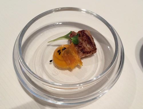 Amuse-Bouche : Ventre de porc, potiron