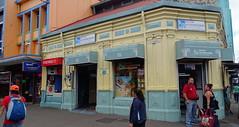 Edificio botica Farmacia San Jose de Costa Rica 02 (Rafael Gomez - http://micamara.es) Tags: ciudad de san josé costa rica edificio botica farmacia jose centro calle patrimonio historico casa
