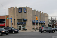 Royal Bank Woodbine Danforth branch to move (Canadian Pacific) Tags: rbc bank banking bankology branch building 2076 danforth avenue ave toronto ontario canada canadian aimg6344 royal concrete