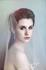 Diaphonous (Spoken in Red) Tags: bride bridalportrait diaphonous ethereal youth beauty youngwoman spokeninred