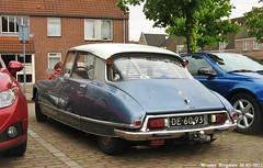 Citron DS 20 1971 (XBXG) Tags: auto old france classic netherlands car vintage french 1971 automobile ds nederland citron voiture 20 paysbas ancienne tiburn snoek citronds desse franaise geertruidenberg strijkijzer