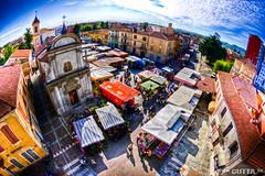 IMGP0035_tonemapped (DavidGutta) Tags: piemonte piazza mercato hdr vercelli mazzini trino file:md5sum=88a99164ea7b0630fe26adf4ac5b6175 file:sha1sig=ffed10916476e1c716bf19a15fb9404c31c2f9d6