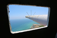 View from Observation Hatch at O'Hara's Battery (Mosh70) Tags: gun artillery gibraltar markx oharasbattery 92inchmarkxcoastaldefencegun markviigunmounting