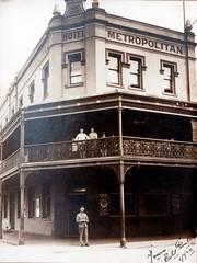 Metropolitan Hotel, Maitland, N.S.W. (maitland.city library) Tags: hotel newsouthwales hotels pubs 0001 metropolitan untitled inns 117 maitland folder2
