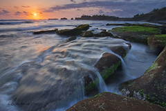 (Goesena) Tags: bali motion stone wave nikond200 mengeningbeach flickrandroidapp:filter=none