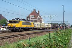 Railion 1616 @ Gilze-Rijen (Sicco Dierdorp) Tags: venlo breda tilburg rn railion gilze rijen kijfhoek unitcargo serie1600