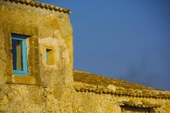 Window in Marzamemi (Antonio Cinotti ) Tags: roof italy window nikon italia tetto finestra sicily tamron marzamemi sicilia abigfave d7100 nikond7100