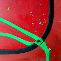 Green Graffiti (Fragglehound) Tags: red abstract green graffiti grafitti curve twitter