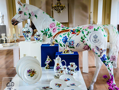 Ludwigsburg Palace Porcelain Shop - Ludwigsburg Germany (mbell1975) Tags: sculpture horse castle statue shop gardens germany de deutschland store europe royal palace german gift corps slot residence baroque chateau schloss chteau porcelain ludwigsburg palcio deutsch palacio residenz badenwurttemberg logis residenzschloss
