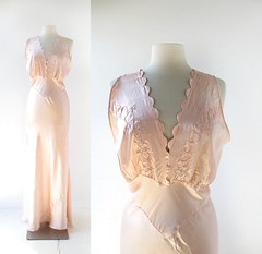 1930s pale pink Liebelei satin nightgown with embroidered hearts and arrows, scalloped neckline, and heart-shaped buttons (Small Earth Vintage) Tags: smallearthvintage vintagefashion vintageclothing nightgown 1930s 30s lingerie satin pink hearts arrows stvalentine scallopedneckline biascut