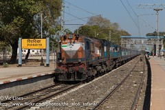 170221_05 (The Alco Safaris) Tags: alco wdm3a rsd29 dl560 indian railways broad gauge itarsi 18765r 11276 wdm3d pipariya 12670 chhapra chennai ganga kaveri