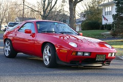 1986 928 Porsche (excellence III) Tags: front engine 928 porsche 1986 perfect bright red