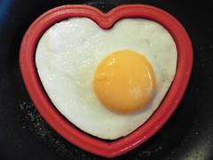 """Macro Mondays"" - ""Egg"", Explored on March 6.th.2017 (Hannelore_B) Tags: macromondaysegg spiegelei friedegg herz heart lebensmittel food ei egg macromondays makro macro macromademoiselle"