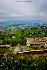 Todi, Umbria (Andrea Lanzilli) Tags: fuji xpro2 umbria italy colors landscape house mountain fields relax vacation trip light 16mm f14 x andrea lanzilli
