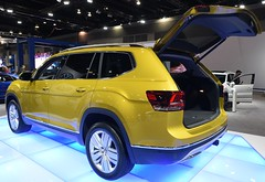VW Atlas (D70) Tags: the volkswagen atlas fullsize sport utility vehicle suv manufactured german automaker chattanooga plant tennessee united states 2017 vancouver international auto show