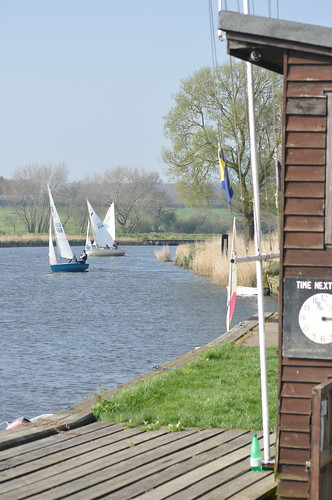 The dinghy racing at Beccles Amateur Sailing Club