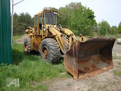 Town of Albion, NY 1982 Trojan 2000 front end loader_1 (JMK40) Tags: ny town highway 2000 government loader trojan department cummins municipal albion 555