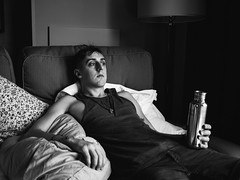 Michael (BurlapZack) Tags: costumes bw hotel dallas costume cosplay tx couch convention repose waterbottle hotelroom warlord akon dallastx animeconvention scificonvention hiltonanatole akon24 panasoniclumix20mmf17 vscofilm olympusomdem5
