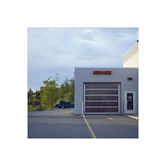 (nizomi) Tags: auto sunset quebec garage service dealer valdor