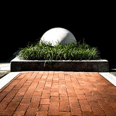 Nest (ep_jhu) Tags: white brick grass canon ball concrete dc washington districtofcolumbia unitedstates cement sphere round 7d dcist bola cemento pavers mtvernontriangle