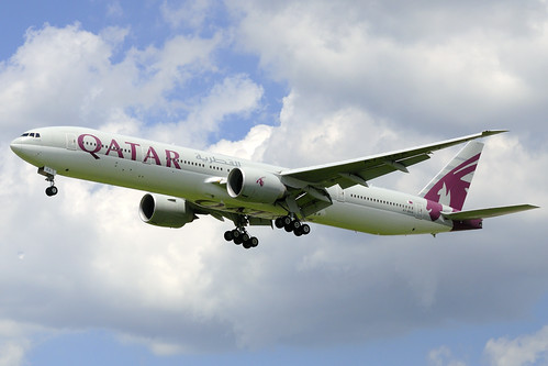 Qatar Airways Boeing 777-3DZ(ER) (A7-BAA)