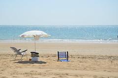 Relax (Vega <3) Tags: sea españa beach mar spain nikon paz playa arena cádiz sombrilla vacaciones sillas tranquilidad chipiona nikond3200 d3200