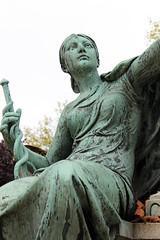 (S. Ruehlow) Tags: friedhof paris france cemetery grave graveyard tomb grab cimetiere pèrelachaise cimetièredupèrelachaise grabanlage