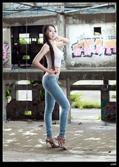 nEO_IMG__MG_0427 (c0466art) Tags: blue light portrait beautiful canon pose eyes perfect long pretty legs outdoor body great taiwan line jeans showgirl figure attractive 5d charming elegant curve  c0466art
