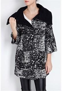 156dbf804b1 Σήμερα και όλο το ΣΚ υπάρχουν τεράστιες προσφορές για γυναικεία ρούχα  Attrativo με εκπτώσεις που φτάνουν και το 55%. Τα ρούχα που βρίσκονται σε  έκπτωση ...