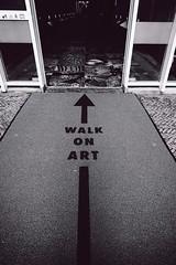 Amsterdam : walk on art (Patrick Dricot) Tags: bw netherlands monochrome amsterdam blackwhite noiretblanc wideangle nb fujifilm fujinon 14mm primelens xe1 mirrorless xtrans seriouscompact walkonart xf14mm patchoupatrick