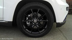 "Jeep Grand Cherokee alloy wheels finished in mirror black by We Fix Alloys • <a style=""font-size:0.8em;"" href=""http://www.flickr.com/photos/75836697@N06/10678080876/"" target=""_blank"">View on Flickr</a>"