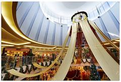 Kulaijaya - 8077 (willfire) Tags: christmas tree golden singapore malaysia ribbon atrium deco johor iskandar willfire nusajaya