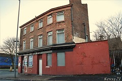Queens Head Pub (kev thomas21) Tags: uk england building abandoned liverpool pub disused derelict merseyside toxteth