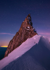 Wild Fang (Michael Bollino) Tags: sky mountain snow mountains nature night sunrise stars volcano climb high twilight live altitude hike glacier spire alpine cascades hood mounthood oregoncascades rockspire vision:mountain=0594 vision:sky=0777 vision:outdoor=0978