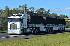 Kenworth Bdouble (Bourney123) Tags: highway diesel australia aussie phat loaded tarp kenworth haulage cabover bdouble