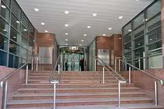 Park Row - Leeds (36) (jamesutherland) Tags: glass curtainwall glassrevolvingdoor entrancescreens entranceglazing