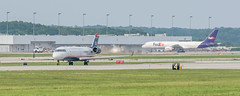 US Airways CRJ200 (GRR) (ruifo) Tags: nikon d810 tamron sp 70200mm f28 di vc usd bombardier crj 200 grand rapids michigan airport aeroporto grr kgrr aeropuerto tamronsp70200mmf28divcusd nikond810 etatsunis usa eua eeuu сша 미국 statiuniti 美国 الولاياتالمتحدةالأمريكية アメリカ合衆国 ארהב미국estados unidos aviation aviacion aviación aviacao aviação spotting spotter 비행 תְעוּפָה 航空 aviyasyon luftfahrt luchtvaart طيران авиации aviazione विमानन