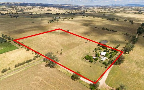 380 Strathmore Lane, Molong NSW