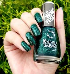 Poison - Dance Legend (Fer Valquiria) Tags: dancelegend poison wowprism holografico holographic glitter green nailart nails nailpolish polish polishnails unhas esmaltes