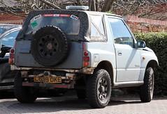L699 DKE (Nivek.Old.Gold) Tags: 1993 suzuki vitara jlx softtop 1590cc godfreys horsham