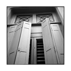 blind • lyon, france • 2015 (lem's) Tags: rolleiflex planar blind window house volet fenetre maison lyon france