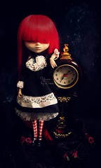 Yuna [Pullip Grell] (Dekki) Tags: red fashion asian doll can wig cancan pullip yuna grell rewigged dekki kuroshitsuji jsreies