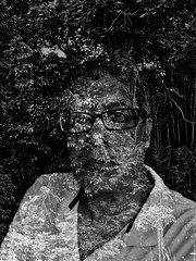 Eco-logico (Carlos A. Aviles) Tags: portrait man forest bosque