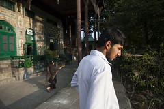 The wire - Srinagar - Kashmir - India - Sylvain Brajeul  (Sylvain Brajeul) Tags: india green asia muslim mosque vert arabic arabe asie kashmir srinagar indien 2012 inde mosque southasia musulman jammuandkashmir cachemire khanqah shahhamadan asiedusud shahihamadan sylvainbrajeul