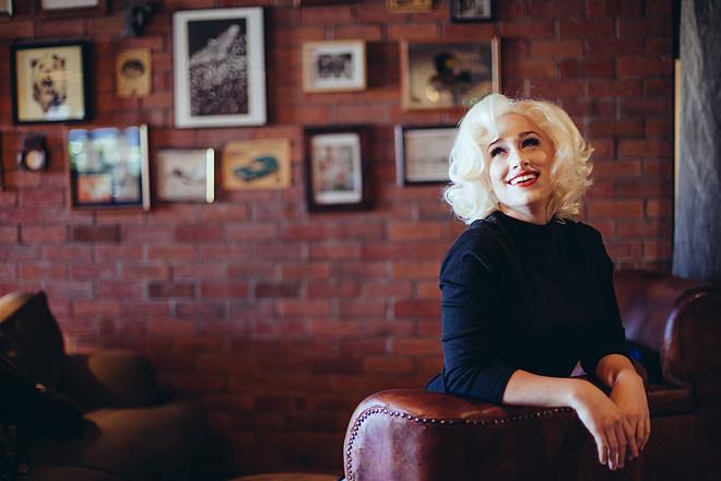 Blonde_240