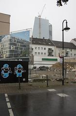 Neuer Platz fr Luxuswohnungen, Frankfurt am Main 2013 (Spiegelneuronen) Tags: ostend frankfurtammain ezb gentrifizierung erschliesung